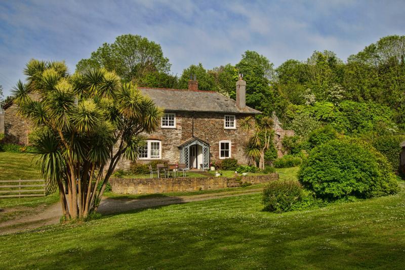 Bay Cottage et son grand jardin plein sud.