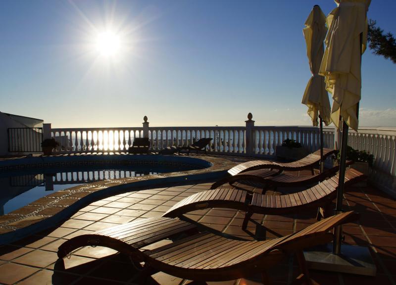 Pool - Sunrise