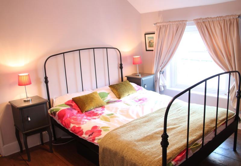 Front double bedroom on second floor (Double bed)