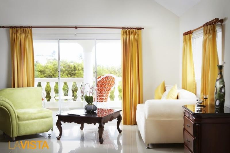 Luxury Rooms with Balcony