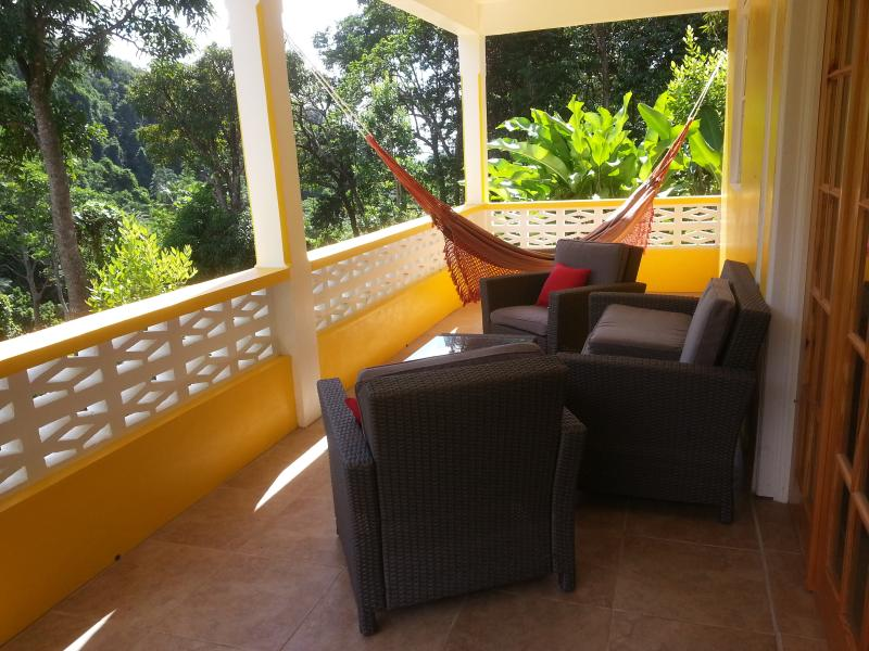 Mango Garden Cottages - Studio downstairs, holiday rental in Dominica