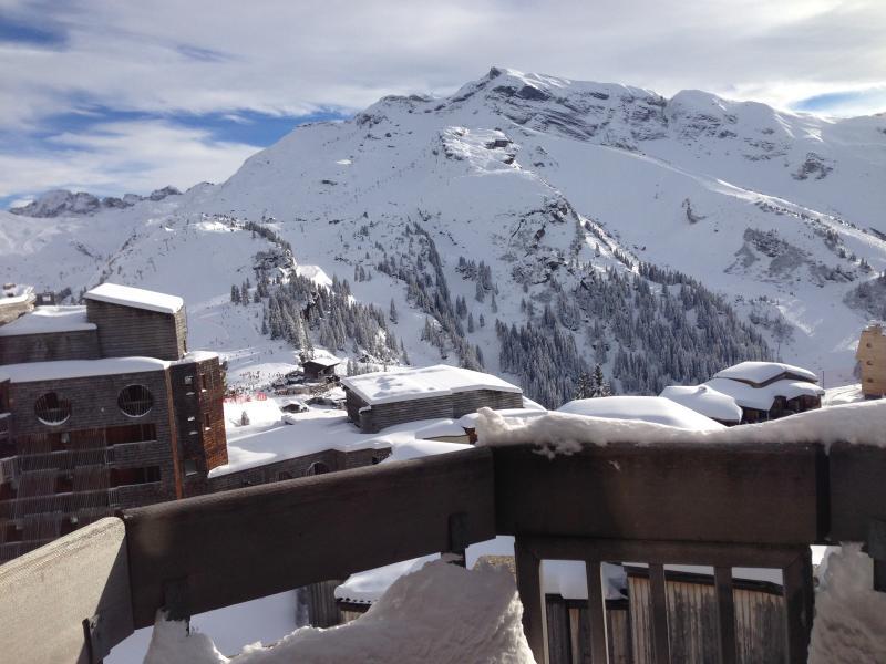 Vue du séjour le 18.1.2015. La neige est tombée en abondance