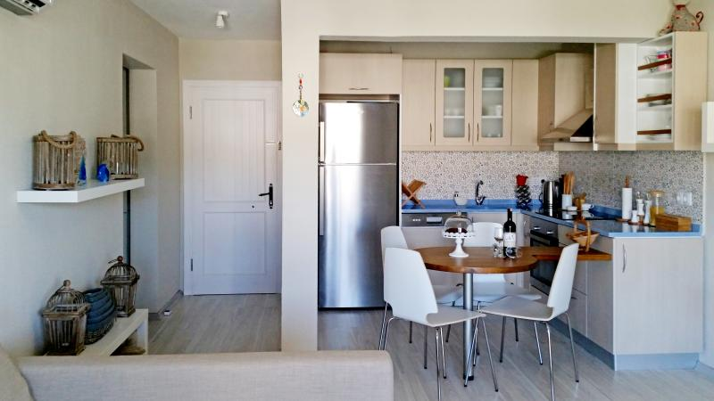 APARTMENT BEGONVILLE IN BODRUM CITY CENTER, holiday rental in Bodrum District