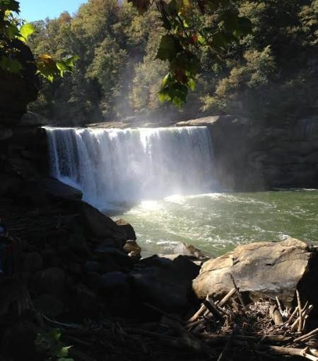 Lake Cumberland Falls State Park and Resort is only an hour drive away.