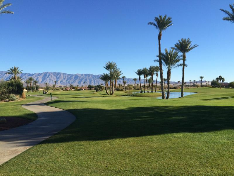 Golf course that is 3 minutes from Borrego Springs Resort & Spa