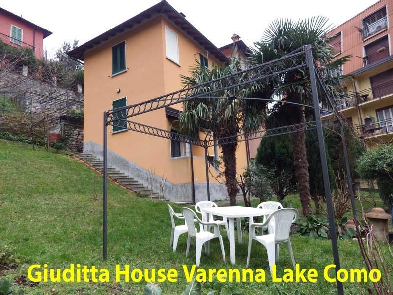 GIUDITTA HOUSE  Varenna Center EXPO2015, alquiler de vacaciones en Varenna