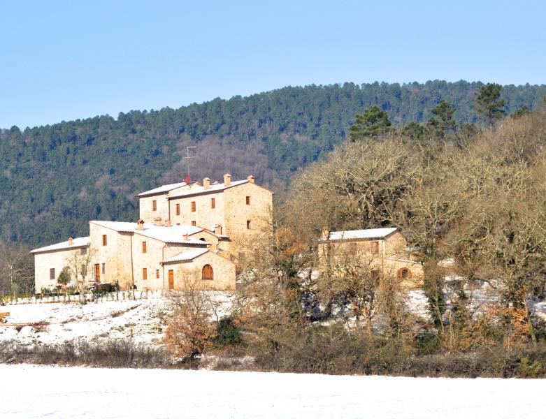 calcinari village with snow