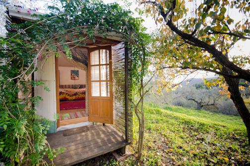 Charming Yurt ideal for couple, holiday rental in Velez de Benaudalla