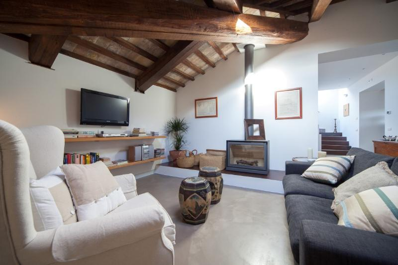 4 recensioni e 25 foto per apartment with rooftop terrace for Mobili 4 spello