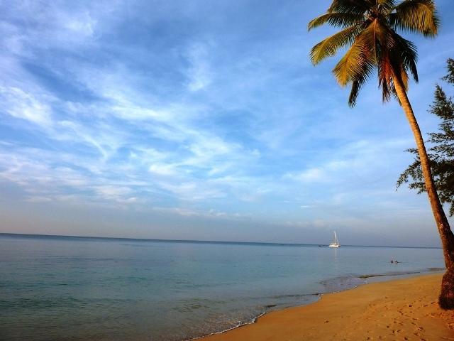 Onze strand in de ochtend.