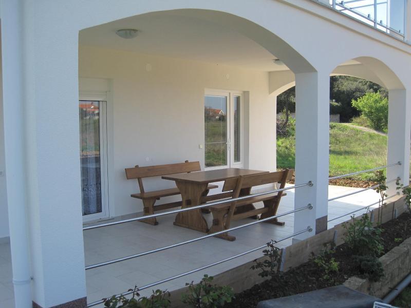 Apartman LILE, vacation rental in Petrcane