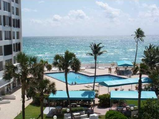 GYM, BBQ, Jacuzzi, heated salted pool •near water taxi and bus stop