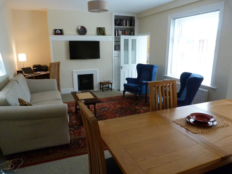 Park Road Garden Apartment,  West Kirby, location de vacances à Merseyside