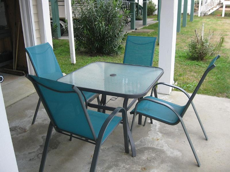 ground level seating