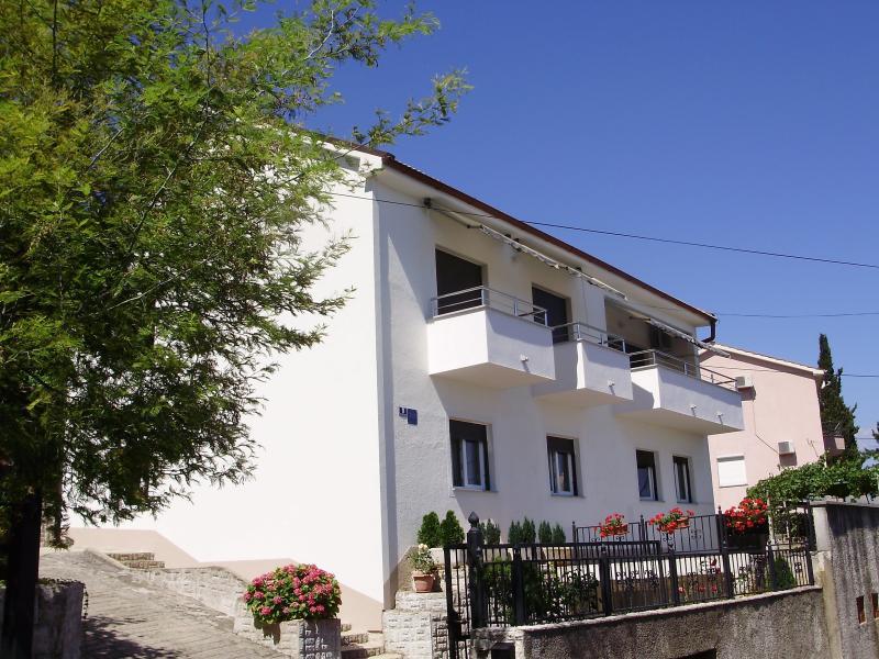 Apartment Opatija, Sanja, alquiler vacacional en Opatija