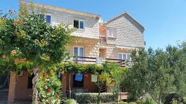 big apartment a4, vacation rental in Lumbarda