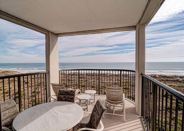 Aan de oceaan overdekt balkon