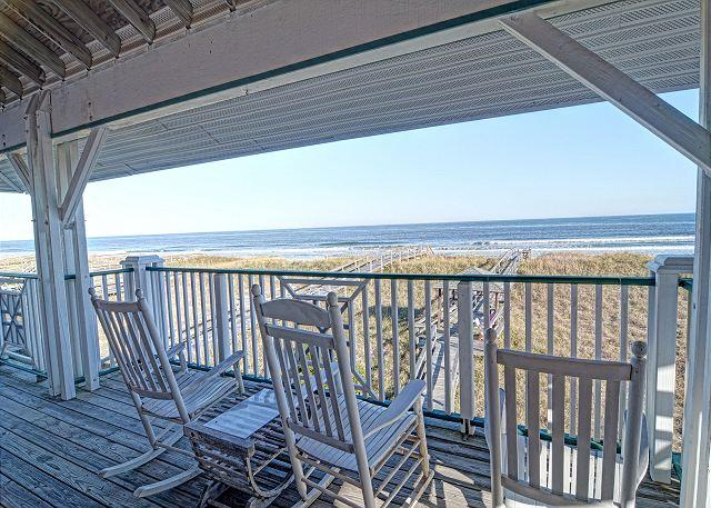 Oceanfront Deck & Views (Upper)