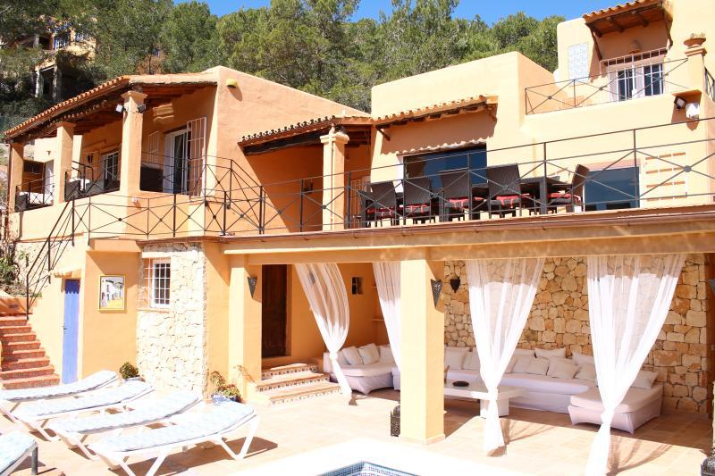VILLA SALINES - IBIZA KM 3, location de vacances à Ibiza
