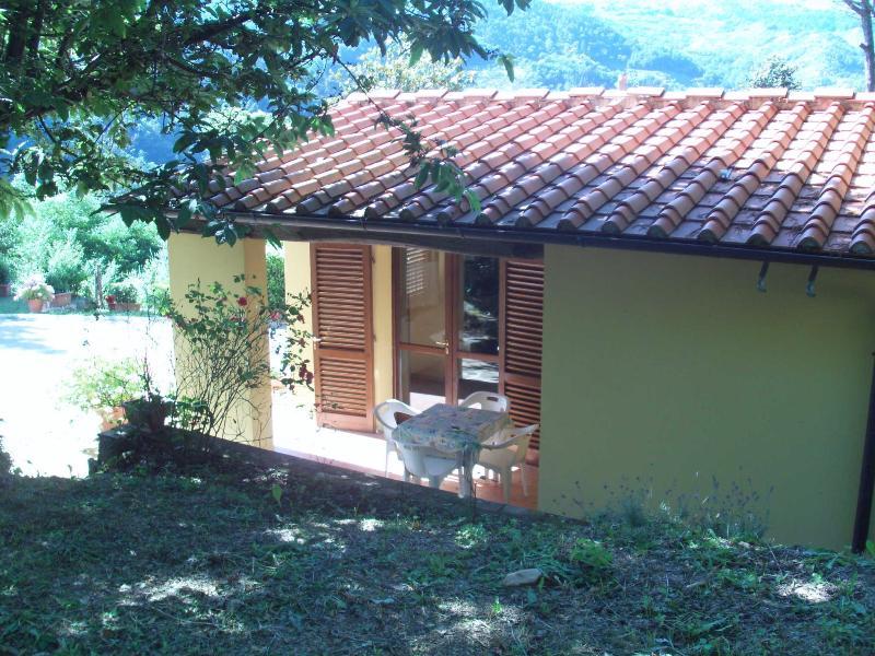 COTTAGE IL CASTAGNO 2+2, holiday rental in Malocchio