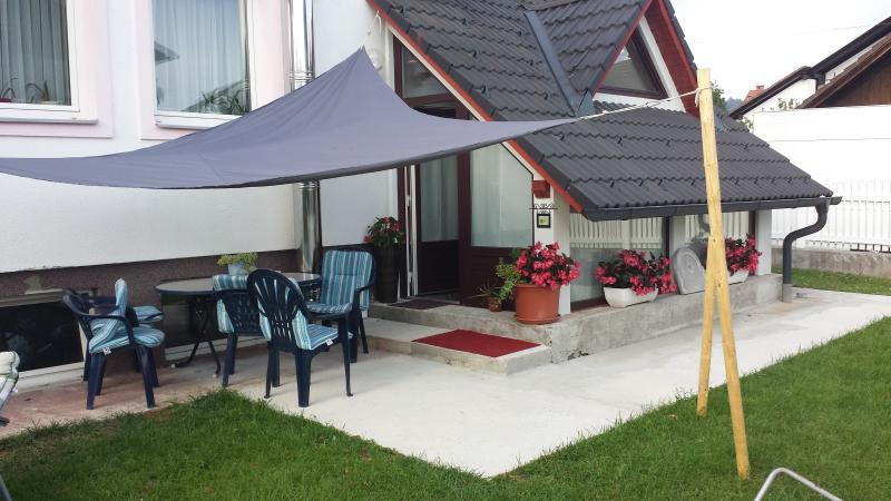 Hostel Mama's House, holiday rental in Senturska Gora