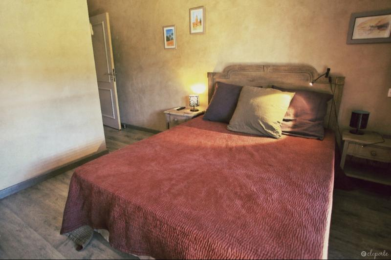 Mogador Room, comfortable, near Lyon