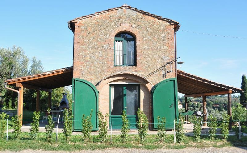 Il Fienile del Monticino Tuscany Agrifarm, holiday rental in Partino