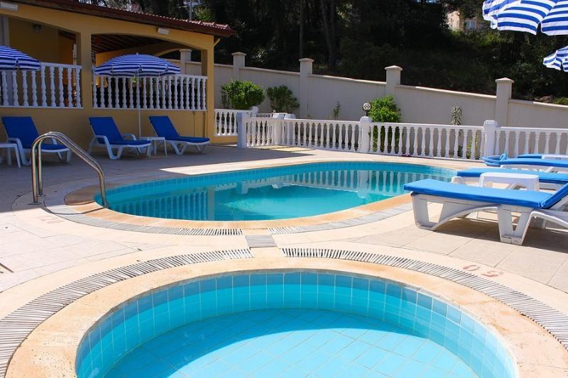 Brooklands Villa B1, holiday rental in Hisaronu