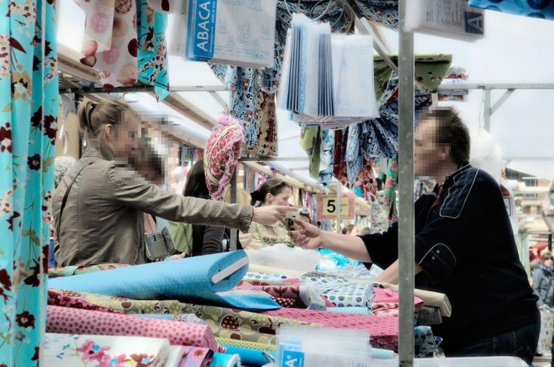 Market day with clothing and other fabrics every Saturday