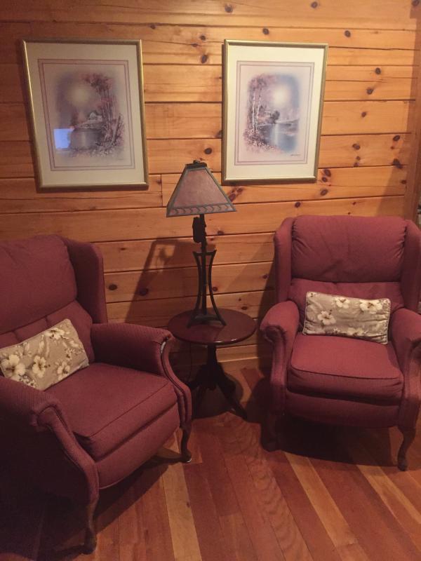 Quiet sitting area in livingroom