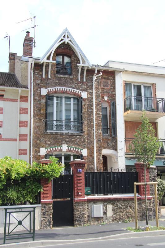 Meinem kleinen Paris-Haus.