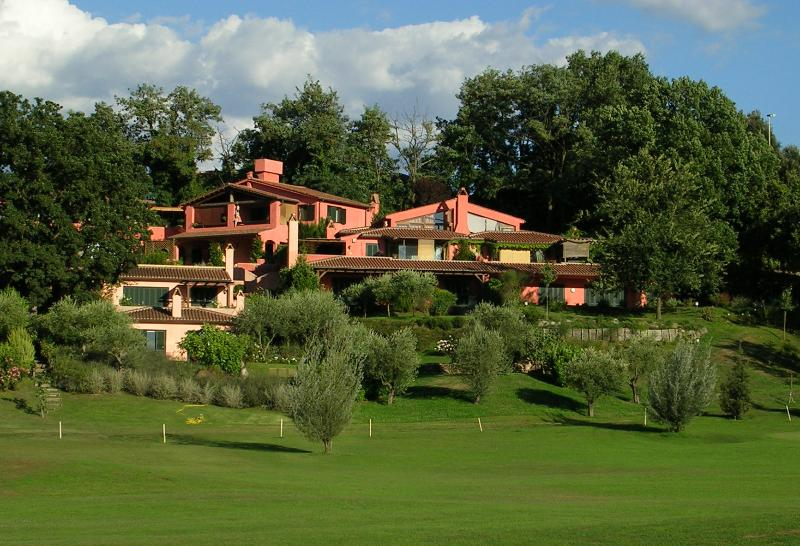 ROME GOLF COUNTRY HOME, vacation rental in Monterosi