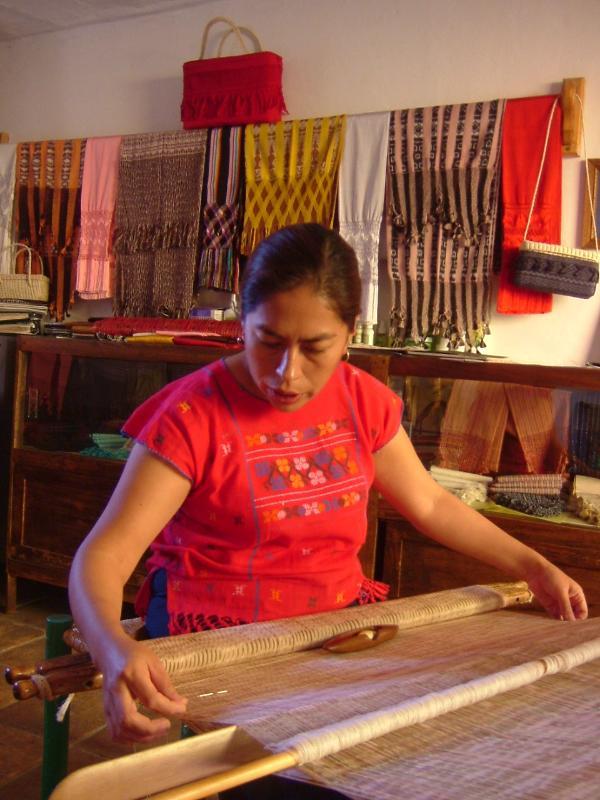Great Folk Art Markets-Award winning reboso weaver