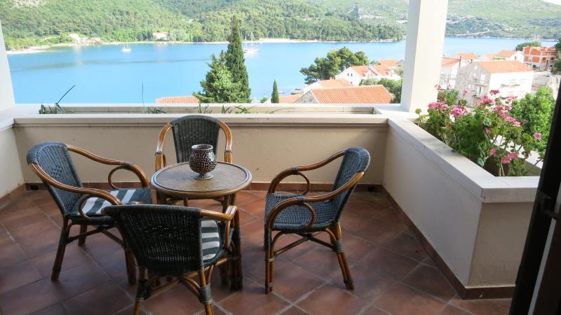Villa Lana, holiday rental in Slano