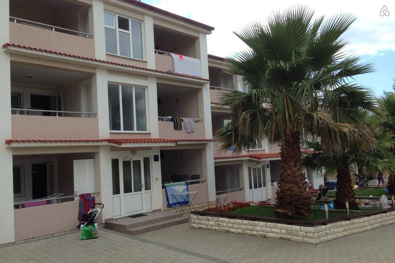 Apartments 2+2