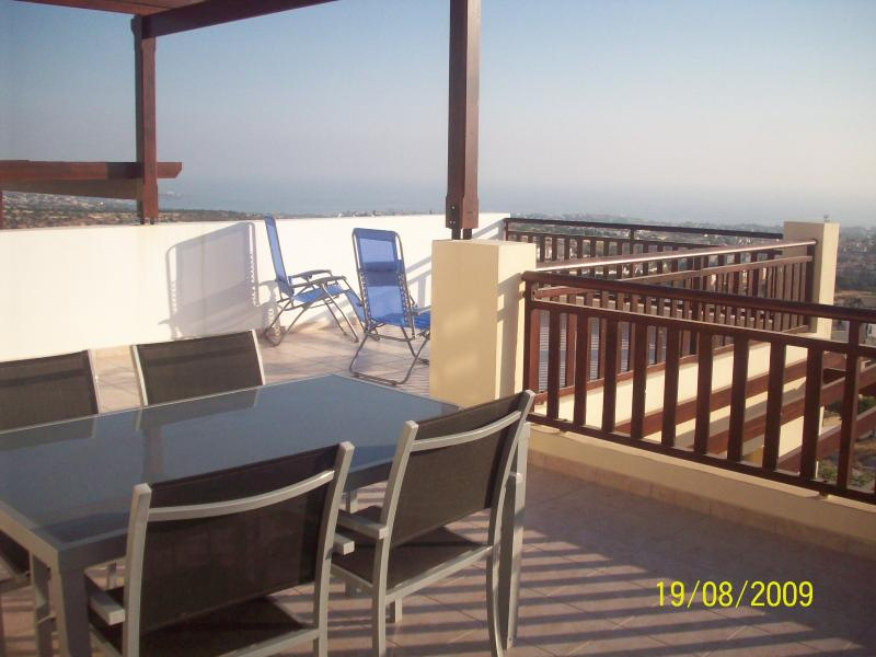 Marina Hilltop Studio Apartment, vacation rental in Peyia