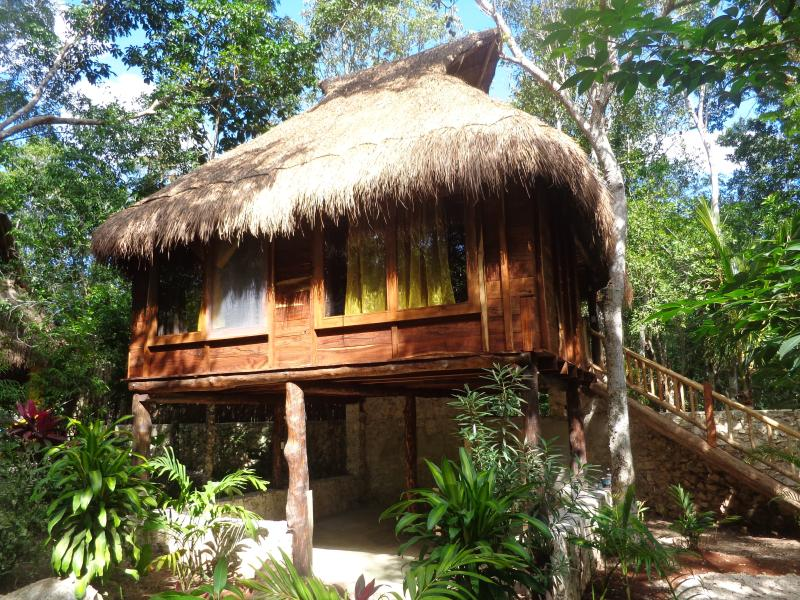chalet in the jungle, alquiler de vacaciones en Macario Gómez