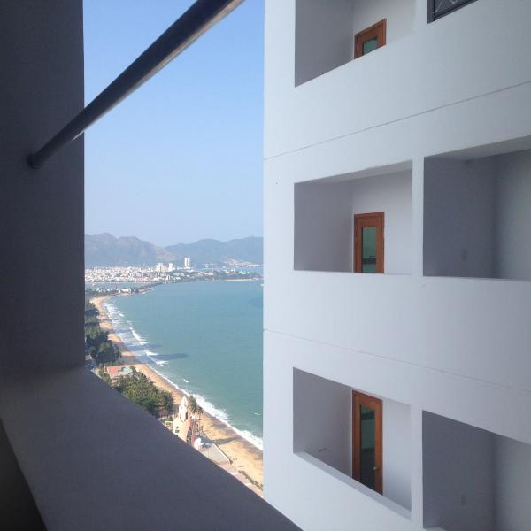 Beachfront apartment, vacation rental in Nha Trang