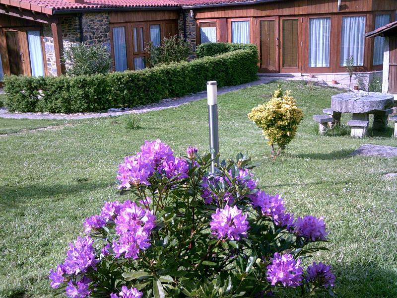 CASA SOUTO DE ABAJO, location de vacances à San Pedro