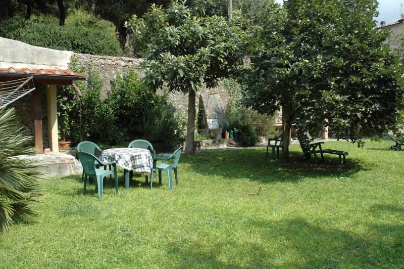 Palazzo Ferretti, garden