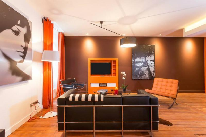 APARTMENT COSY IN CENTER 70M2, CALM 1, vacation rental in Dijon