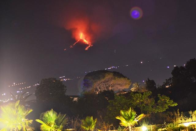 Etna eruption from the residence
