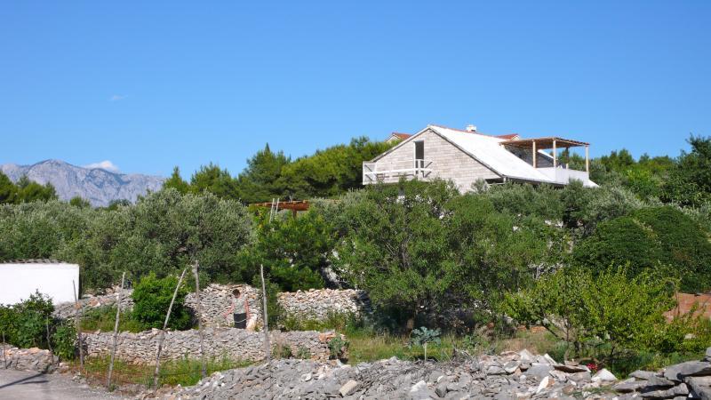 The Raku Garden, vacation rental in Povlja