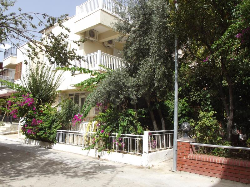 Villa Limoncello, holiday rental in Kusadasi