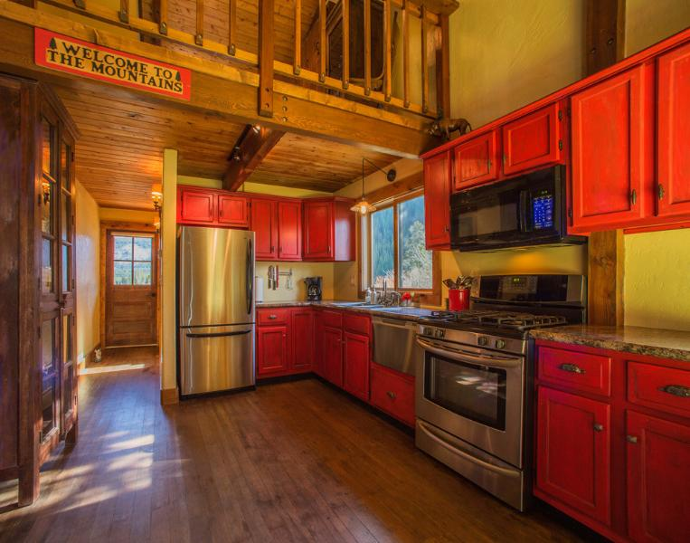 The Powder Pad's kitchen, featuring stainless steel appliances