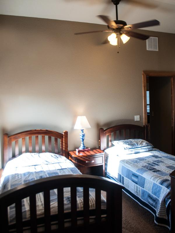 Two Twin Bedroom #2