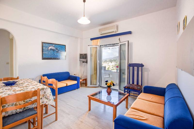HELIOS STUDIOS & APTS, location de vacances à Makry-Gialos