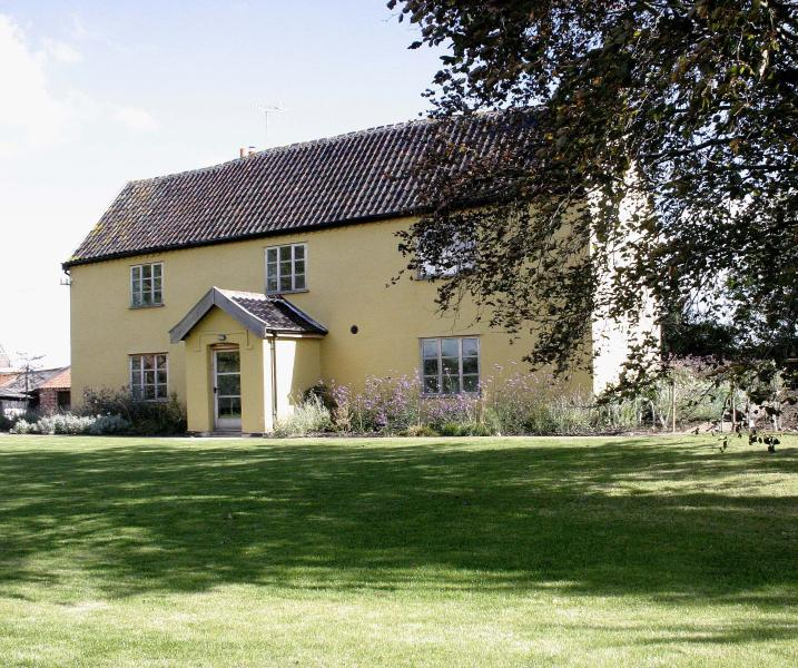 The Farmhouse At Grove Farm