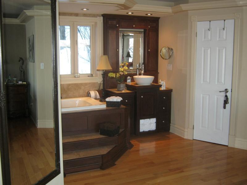 Master Suite Vanity