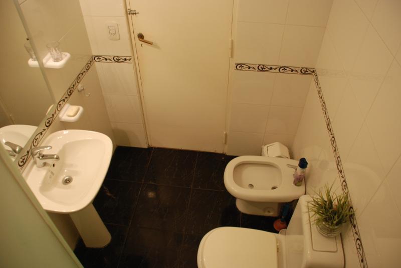 Main bathroom c/glass shower cabin. Bathroom 2 type toilet w/shower of emergency